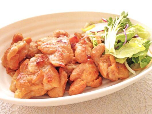 鶏肉のケチャップ炒め